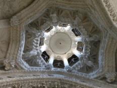 DSCN4723 - Marian portico